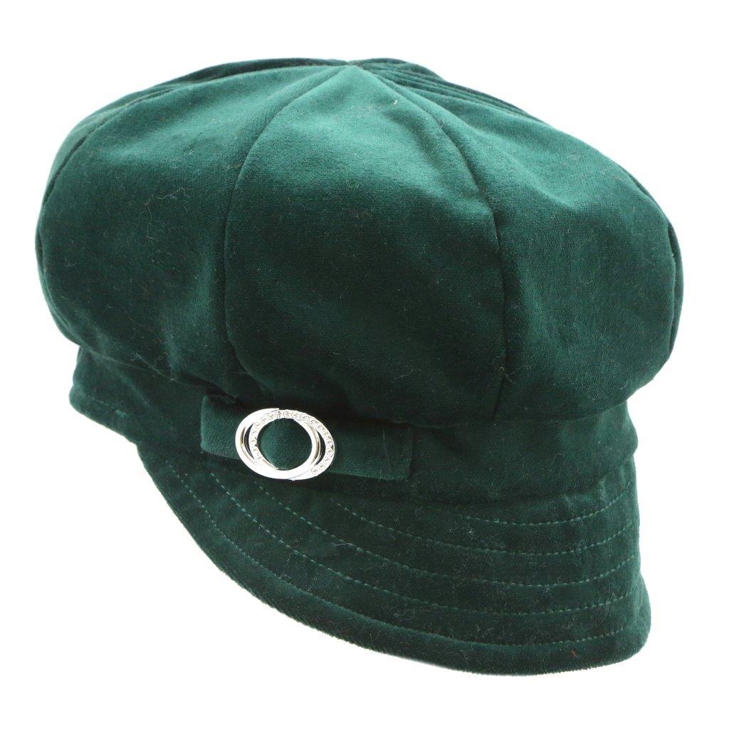Dámská čepice ze sametu