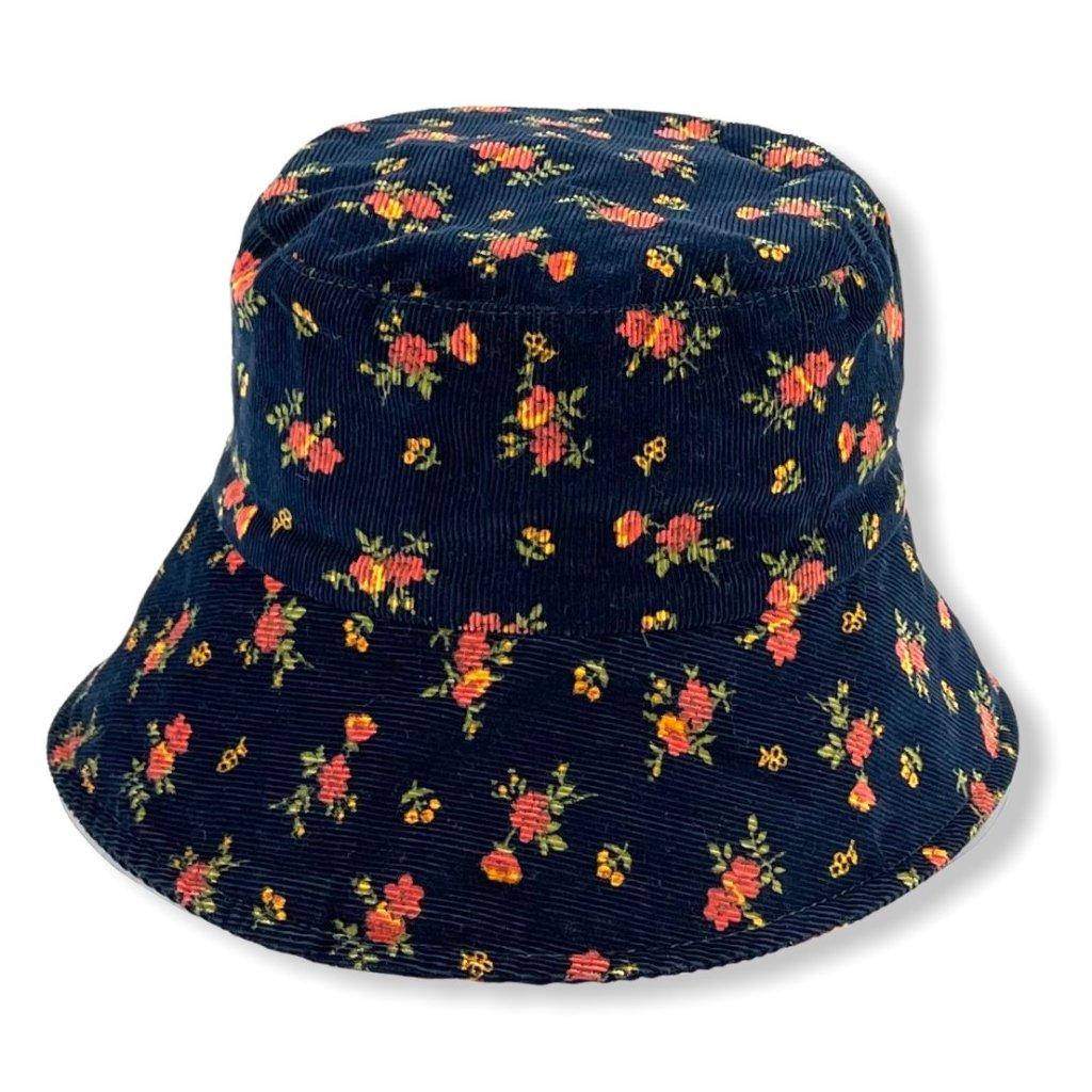 Dámský modrý klobouk s růžovými květy