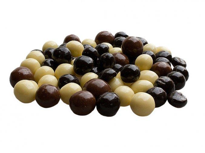 Lísková jádra v čokoládě a jogurtové polevě