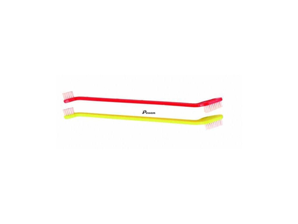Plastové zubní kartáčky 4 ks