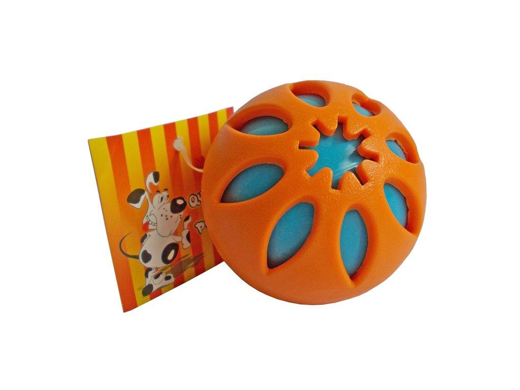 Míček pro psy děrovaný 7,5 cm