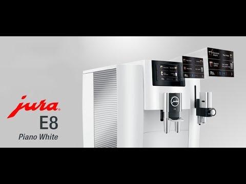 E8 v lesklé bílé - Piano White