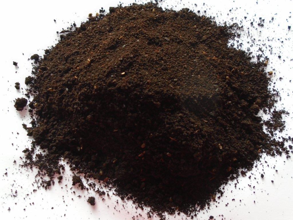 100% vermikompost jemný (3mm) 10 litrů