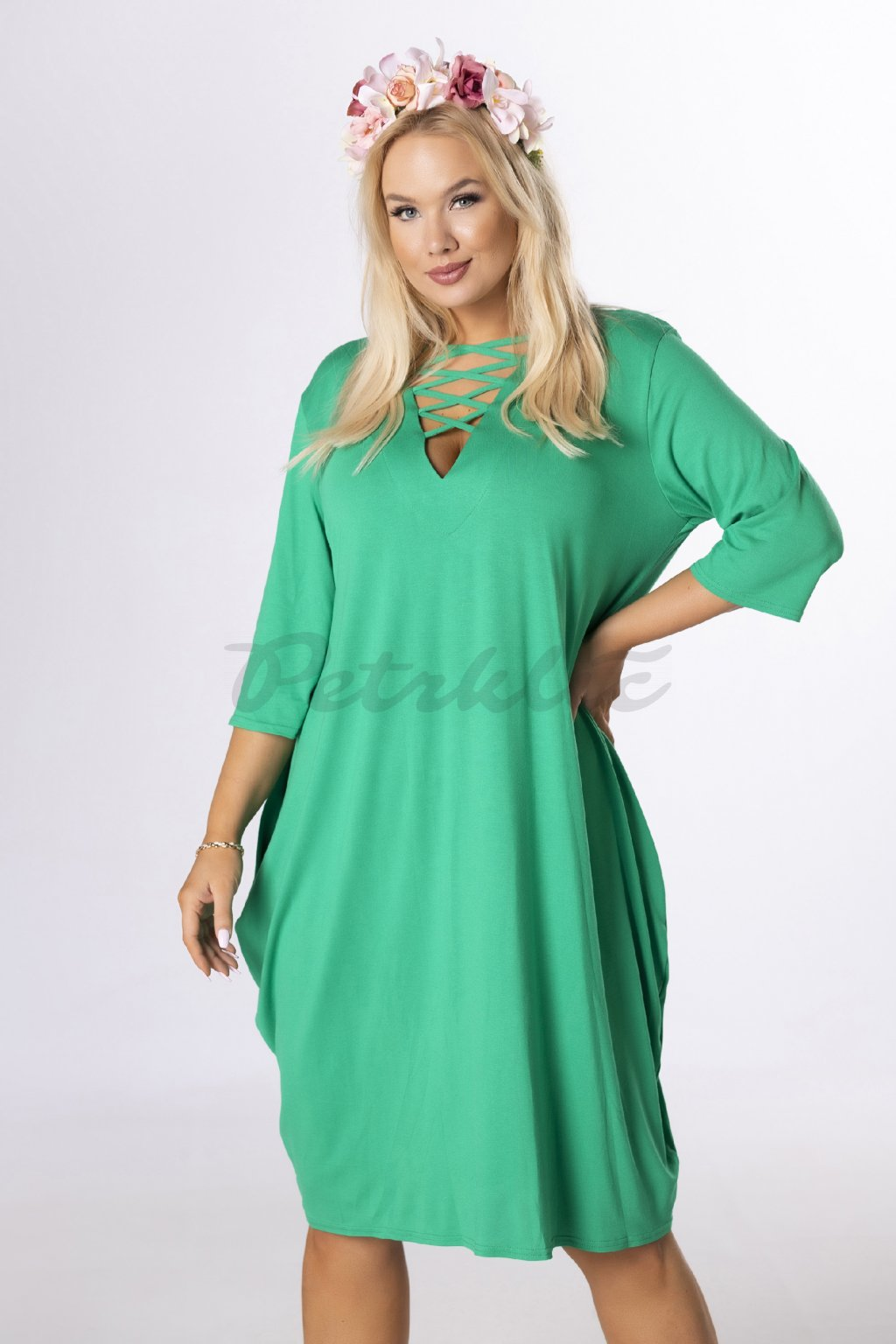 Oversize šaty se šněrováním - zelené QBT84354