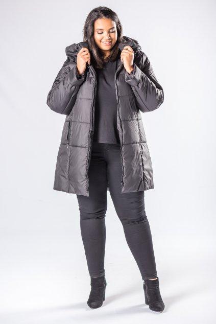 Delší prošívaná bunda s kapucí