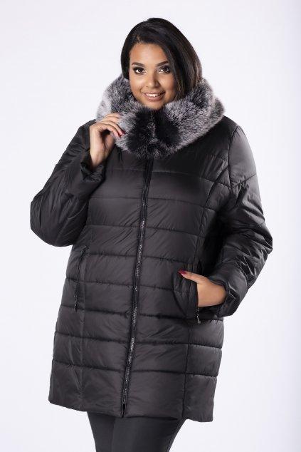 Černá prošívaná bunda s kapucí zdobenou kožešinou