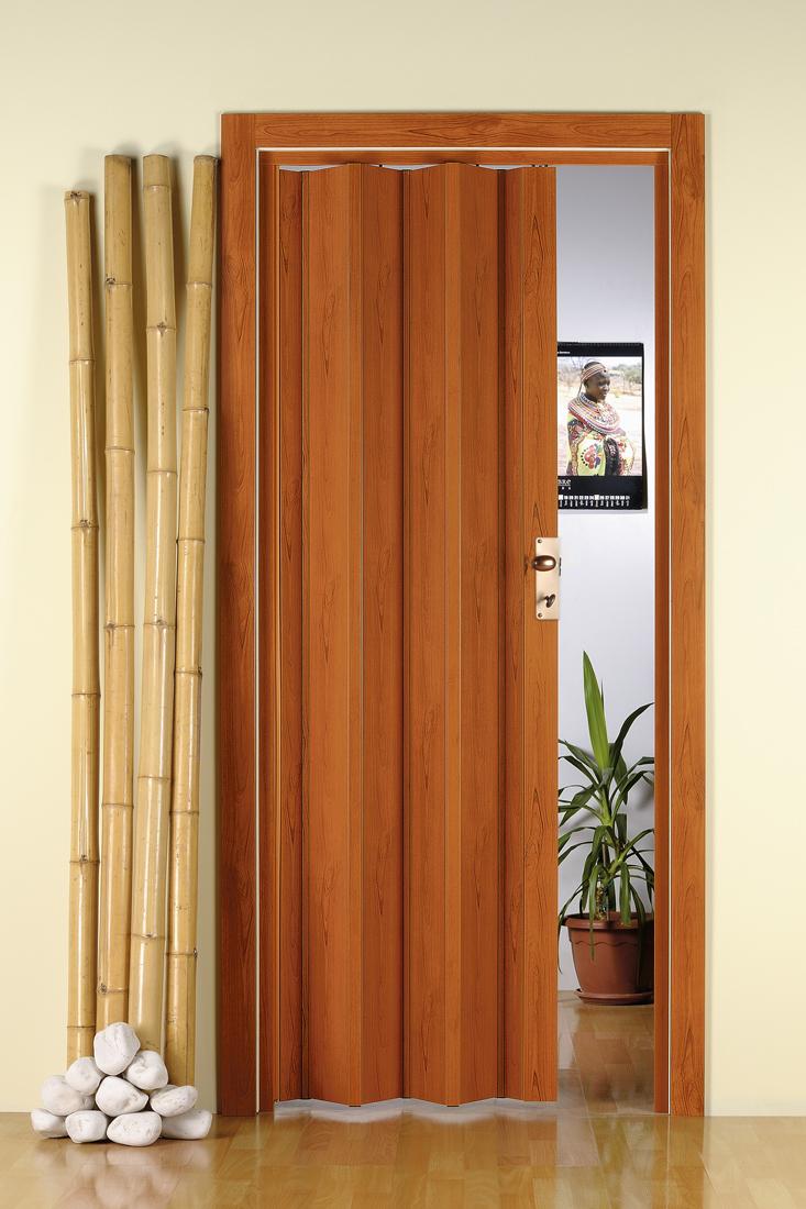 Plastové shrnovací dveře ŠÍŘKA: 72-83cm, TYP: plné