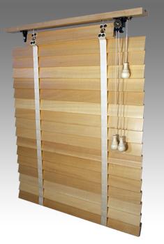Dřevěné žaluzie RETRO šířka do 70cm VÝŠKA: mezi 301-400mm