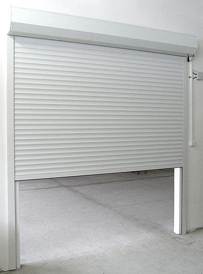 Rolovací garážová vrata LA52 šířka 2300mm ovládání vrat:: manuální - madlo + pružinová protiváha, výška stavebního otvoru mezi:: 201-220cm