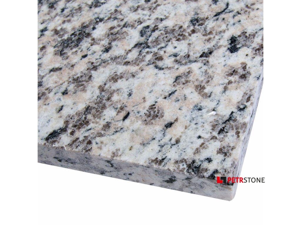 granit tiger skin red polerowany 1