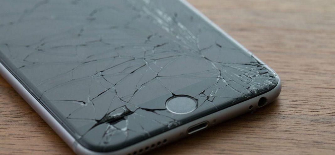 Jak diagnostikovat a opravit rozbitý displej na iPhone?
