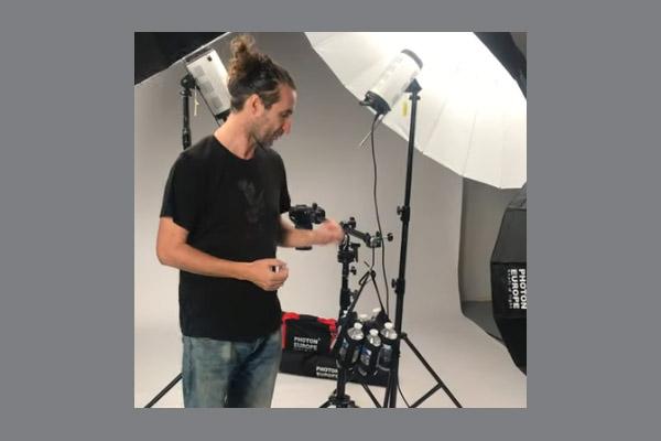 Video - Vak na proti-závaží pro stativy na světla do fotoateliéru