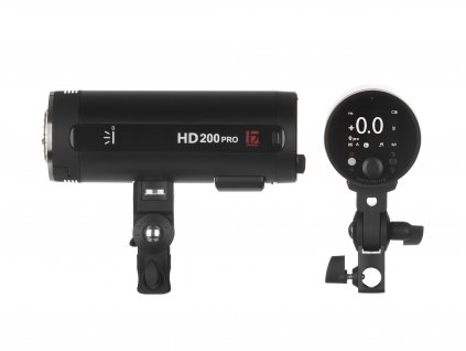 HD 200