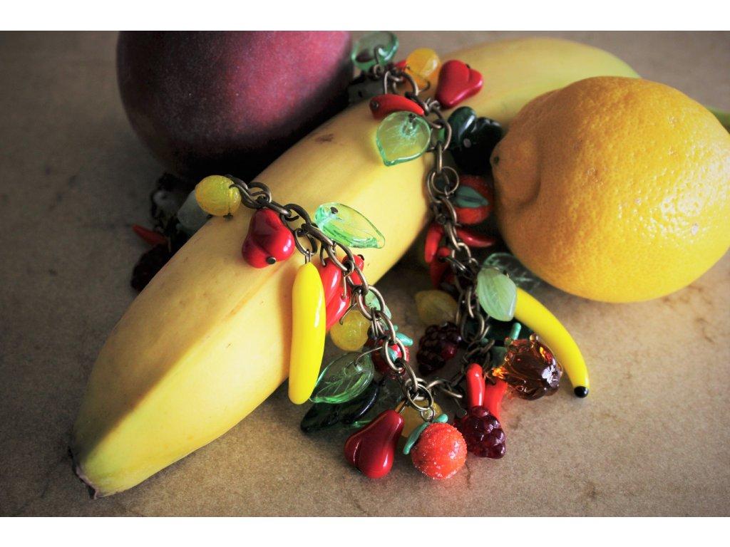 Ovocný náhrdelník