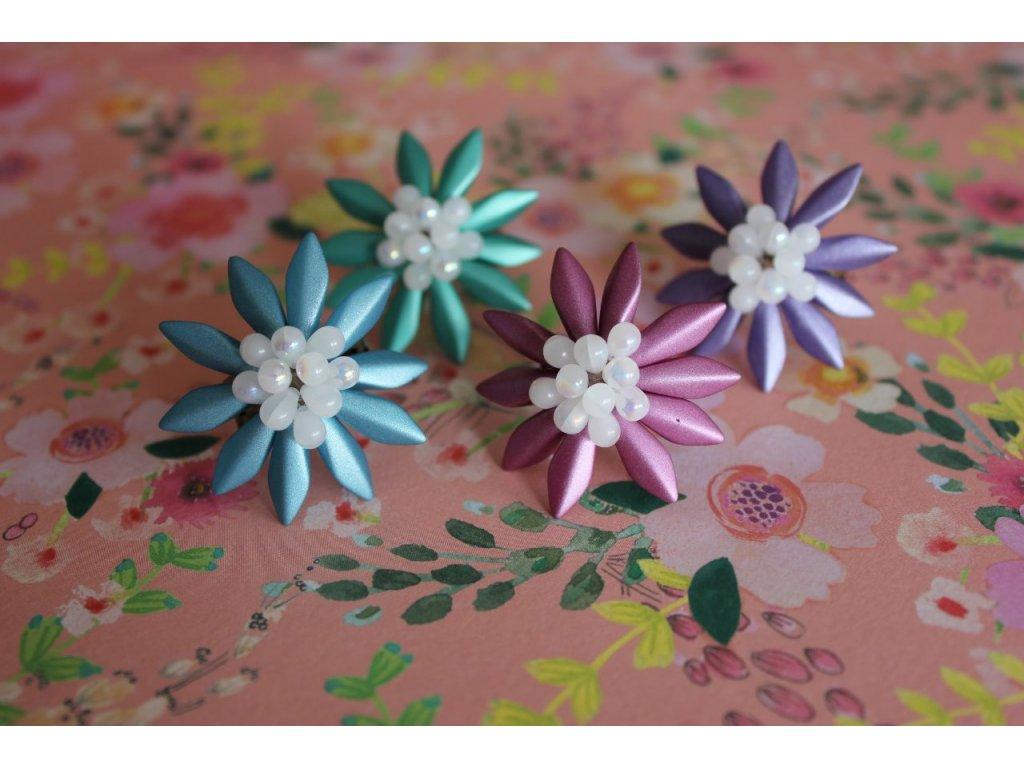 kvetina zelena III