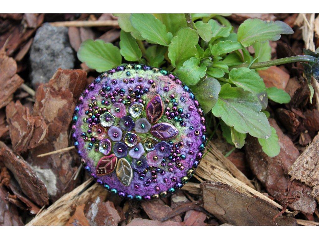 Brož kytičky fialovo zelené