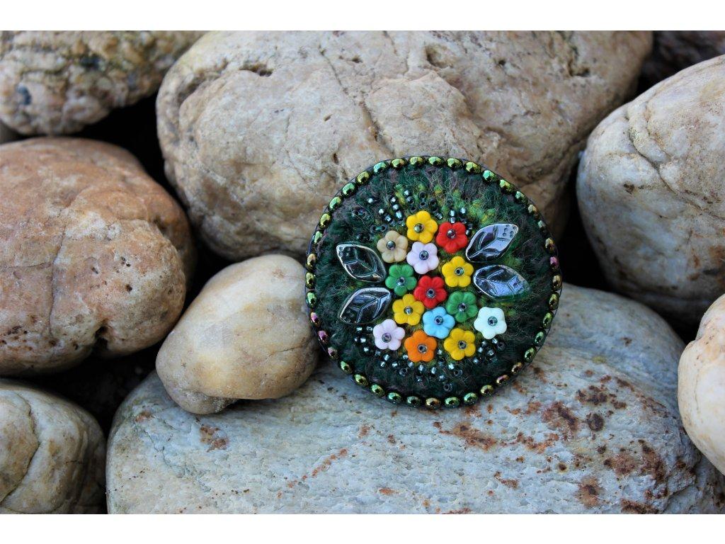 Brož barevné květy