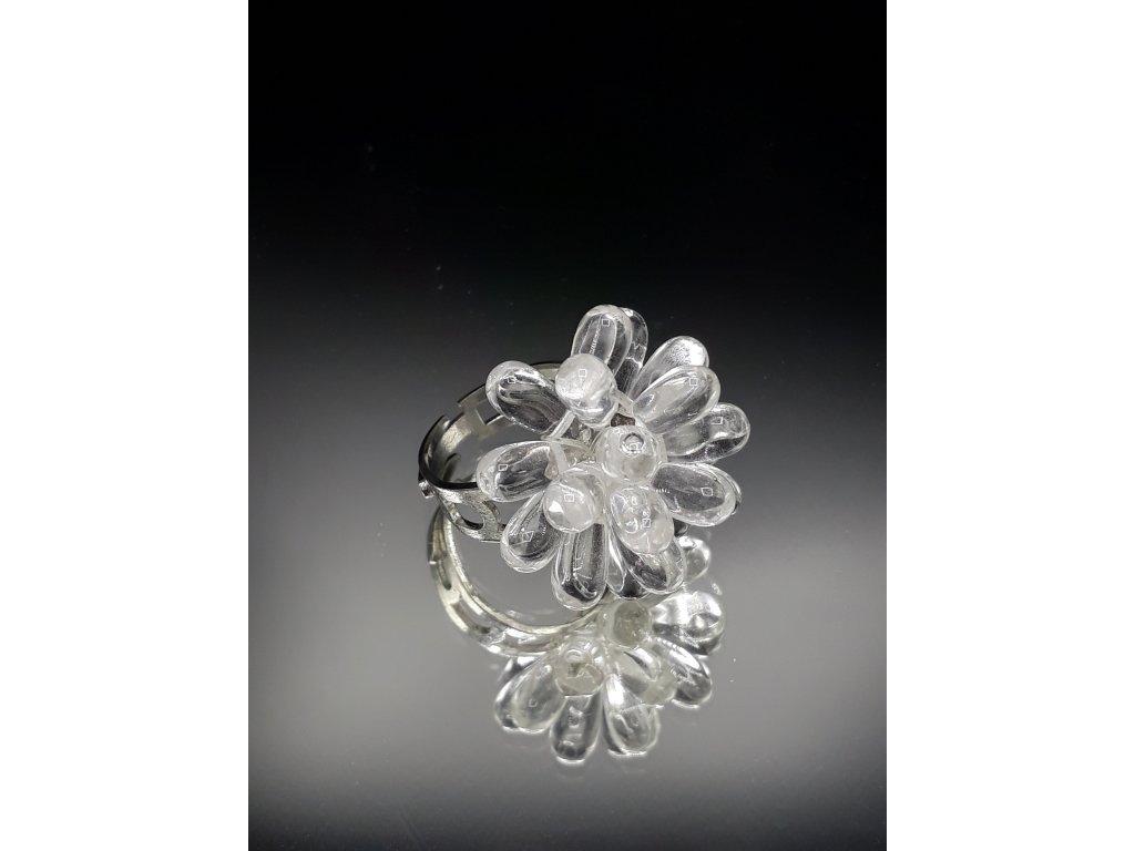 Prsten ze skleněných kapek
