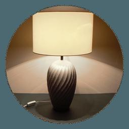 Keramická stolní lampa