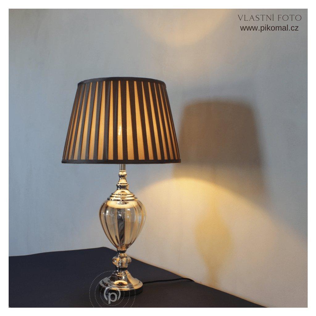 stolní skleněná lampa amber a hnědý klobouk obchod svitidla pikomal dagmar touskova rozsvicena