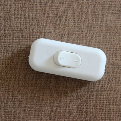bílý vypínač dvoupolovy CC1002 vypínač dvoupolovy bílý obchod svitidla pikomal