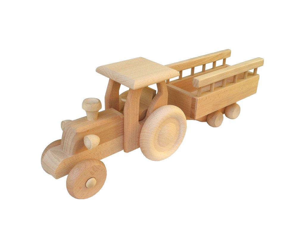 traktor-s-vleckou-john-max-z-drevoteky