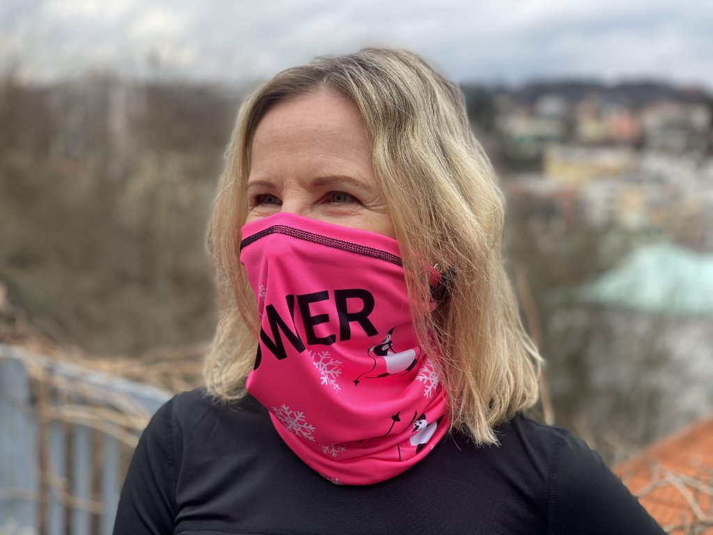 Nákrčník PinkPower.cz se sněhuláky