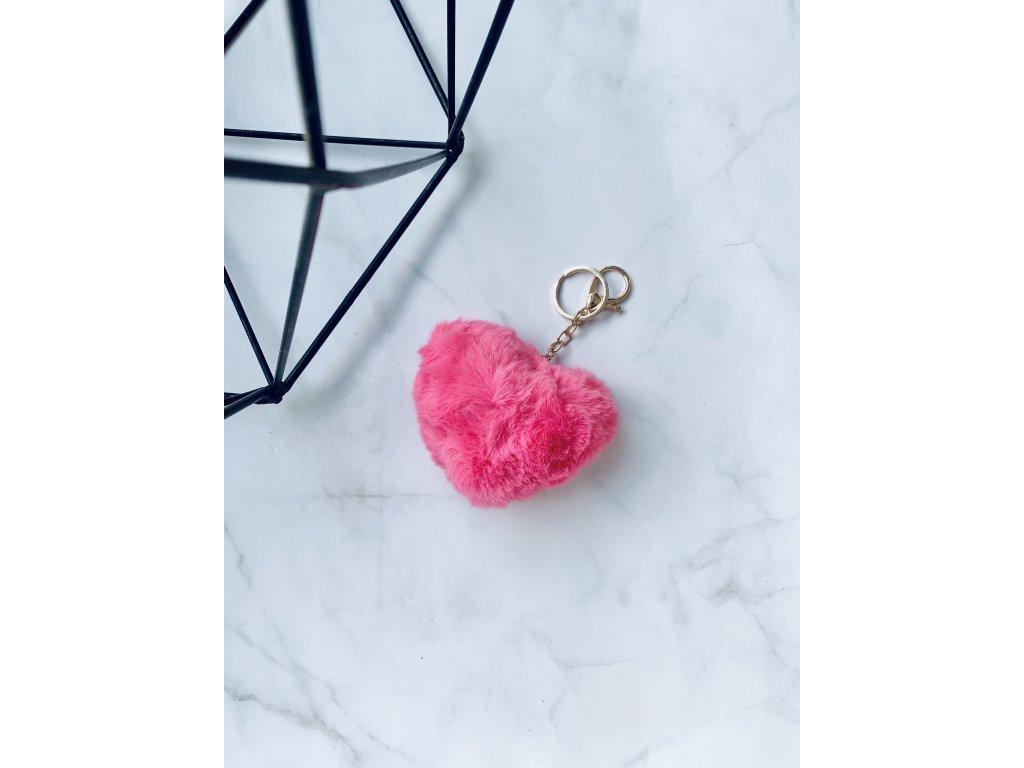 Prívesok kožušinové srdce ružové