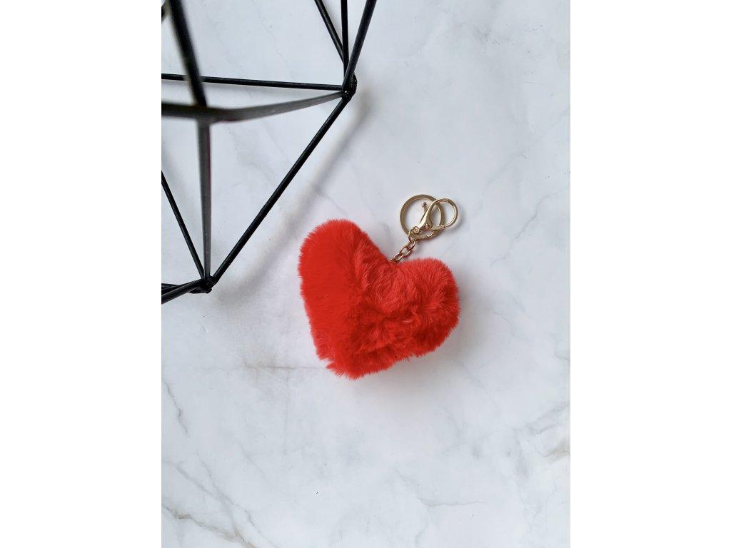 Prívesok kožušinové srdce červené