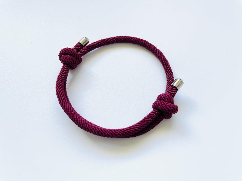 Bordový náramok-šnúrka s dvoma uzlami