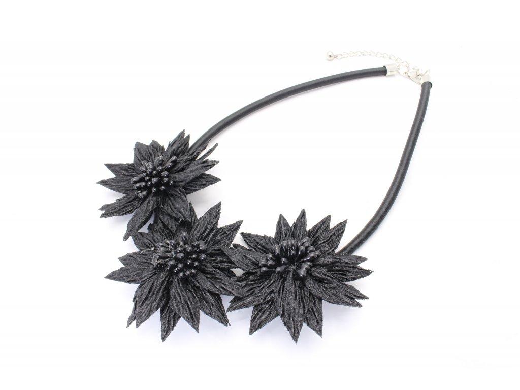 Náhrdelník čierne kvety