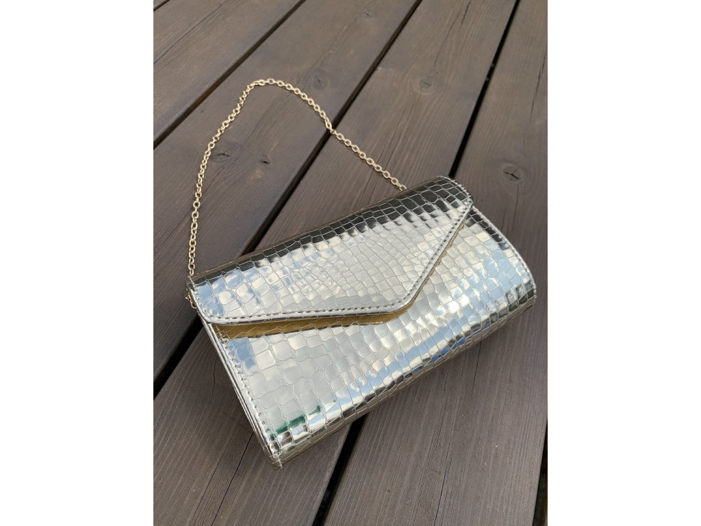 Spoločenská kabelka v zlatej lesklej farbe