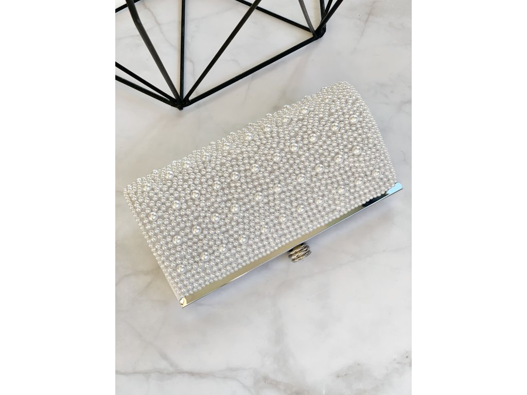 Elegantná perlová kabelka s krásnym zapínaním
