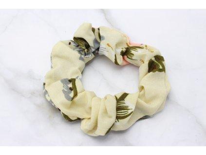 Scrunchie Maslová s kvetovým vzorom