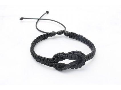 Čierny pletený náramok