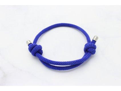 Modrý náramok-šnúrka s dvoma uzlami