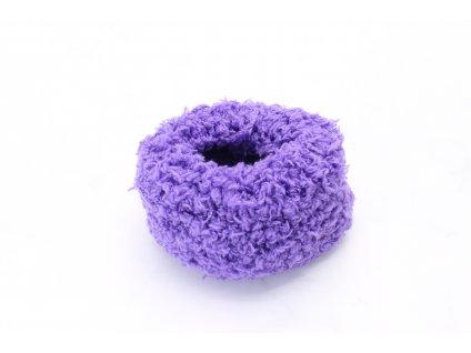 Fialová mäkká gumička väčšia