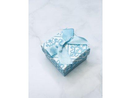 Darčeková krabička vzorovaná malá s modrou mašľou