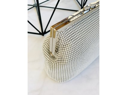 Nádherná strieborná kabelka