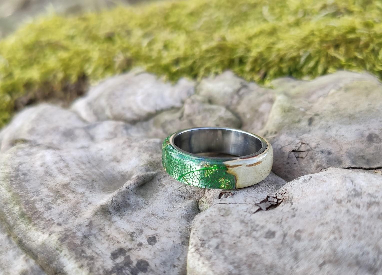 dreveny-prsten-briza-listy-ocel-feelrings