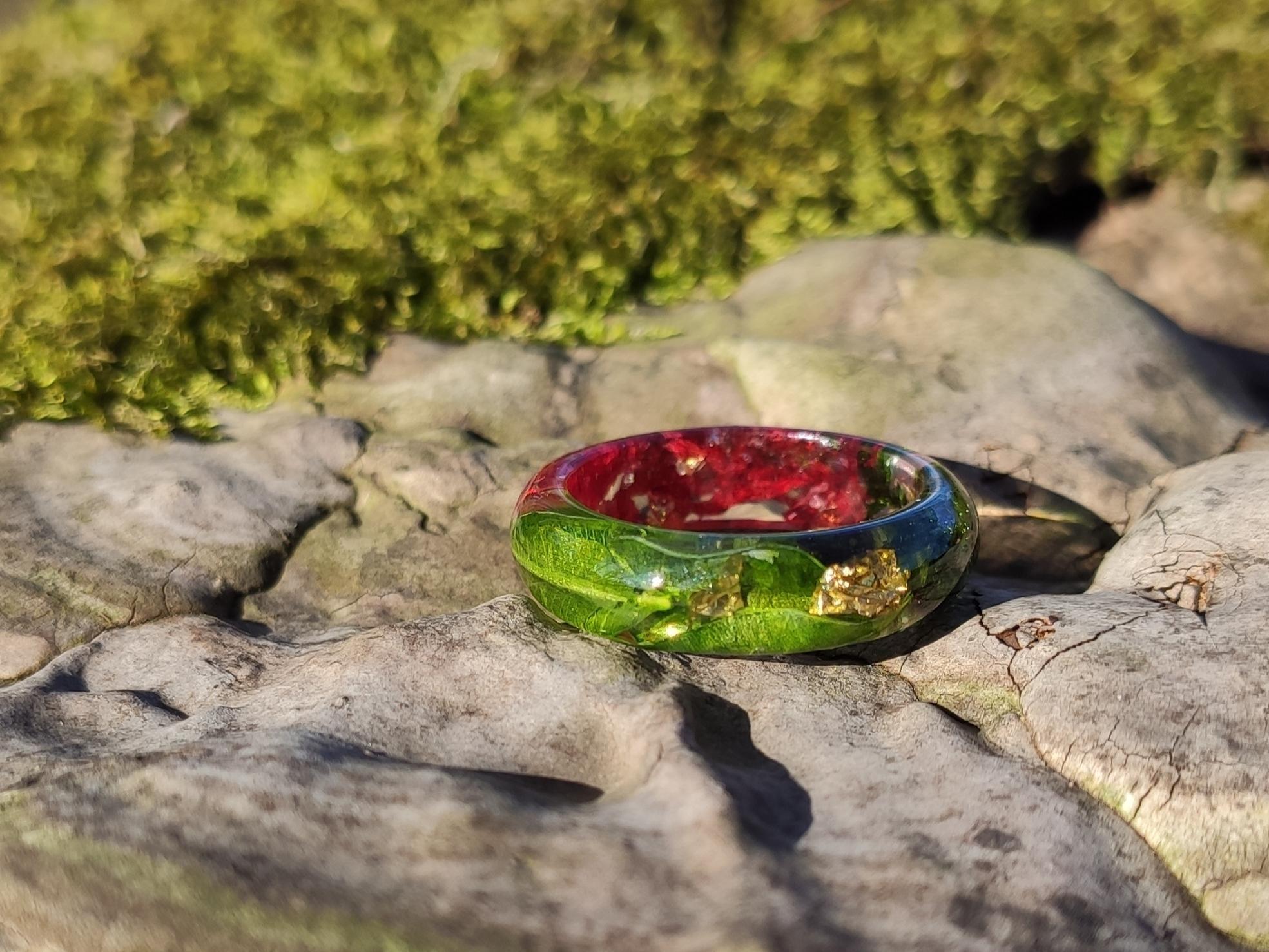 prsten-z-pryskyrice-kvety-listy-zlato-feelrings