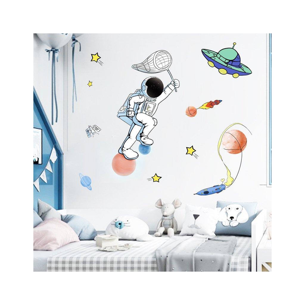 """Samolepka na zeď """"Astronaut"""" 105x73 cm"""