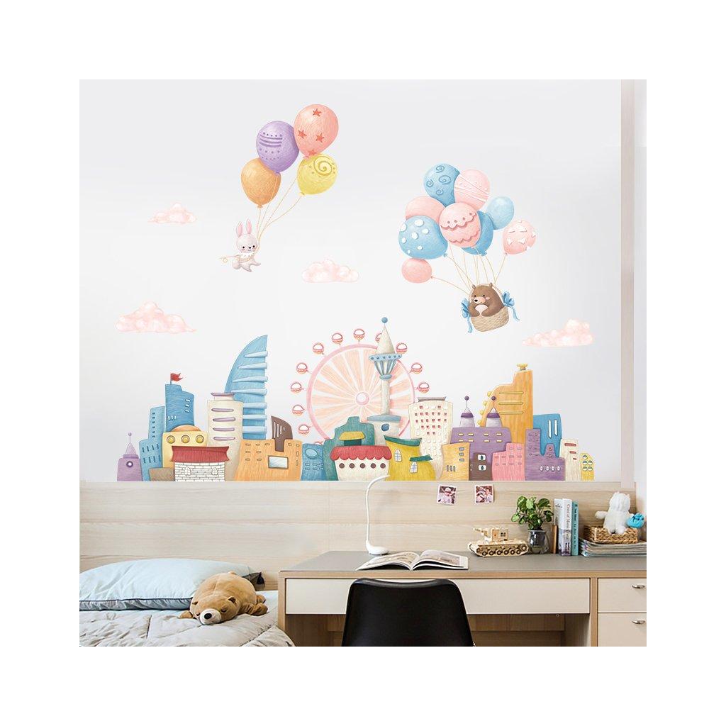 """Samolepka na zeď """"Balóny nad městem"""" 77x104 cm"""