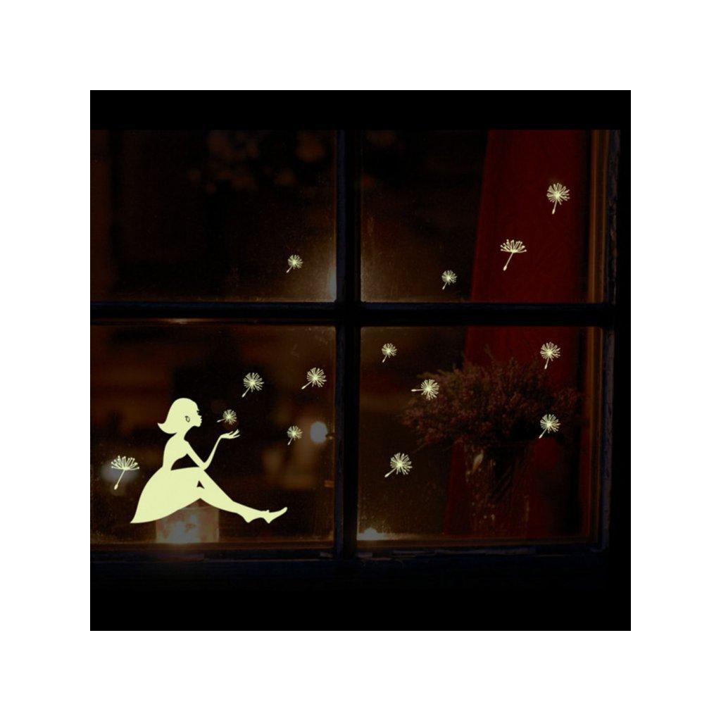 detska samolepka na stenu samolepiaca tapeta dekoracna nalepka fosforove dievca s pupavami vizualizacia stylovydomov