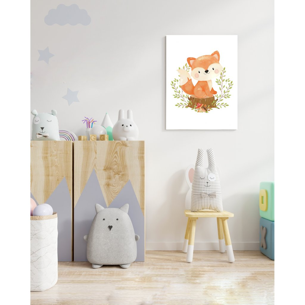 Líška na pníku