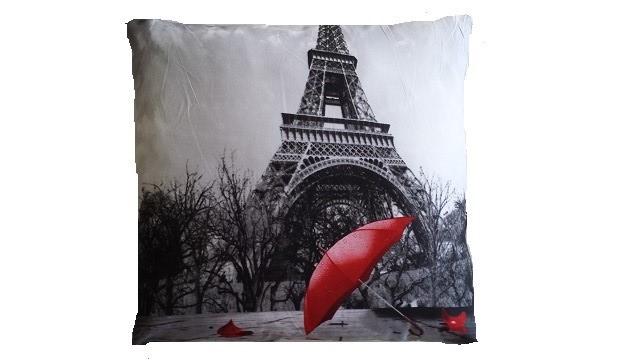 Povlak s motivem 3D - Paříž s deštníkem 45x45