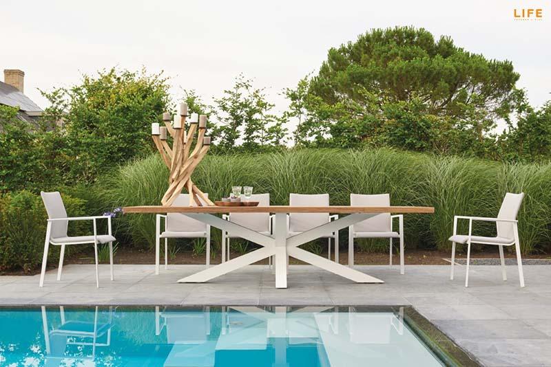 hlinikovy-dizajnovy-zahradny-stol-3