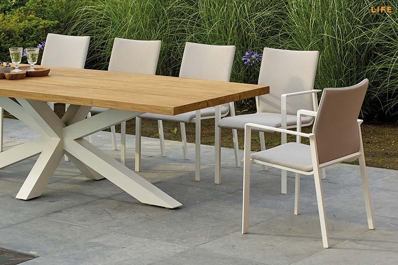 hlinikovy-dizajnovy-zahradny-stol