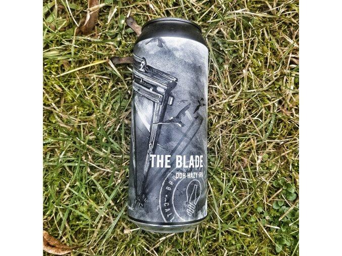Brokreacja - The Blade 15° DDH Hazy IPA 0,5l alk.5,8%