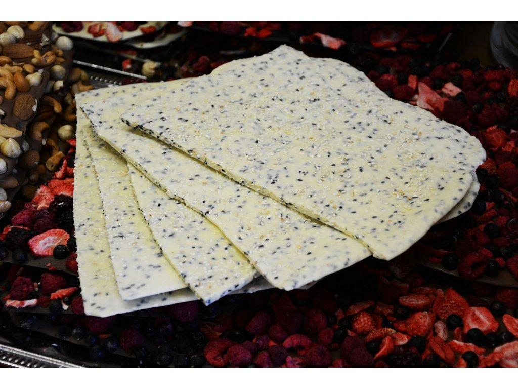 Lámaná bílá sezamová